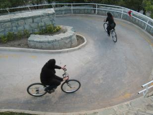 women-cycling-iran